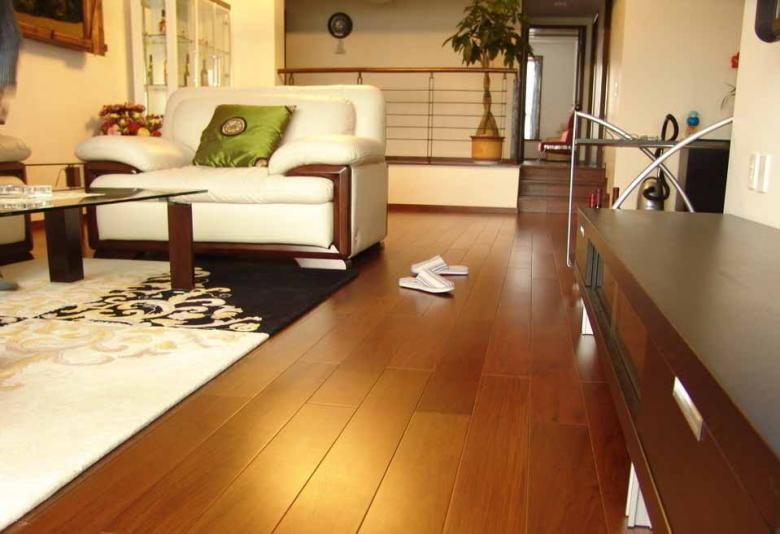【装修指南】木地板尺寸越小抗变形越好