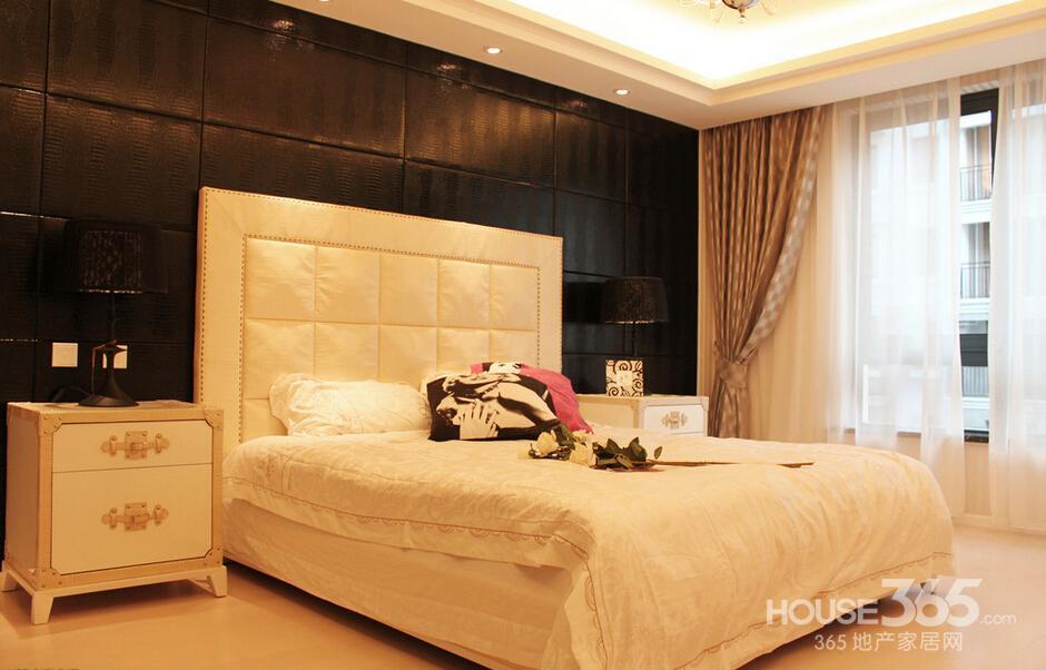 欧式带中央空调卧室装修效果图
