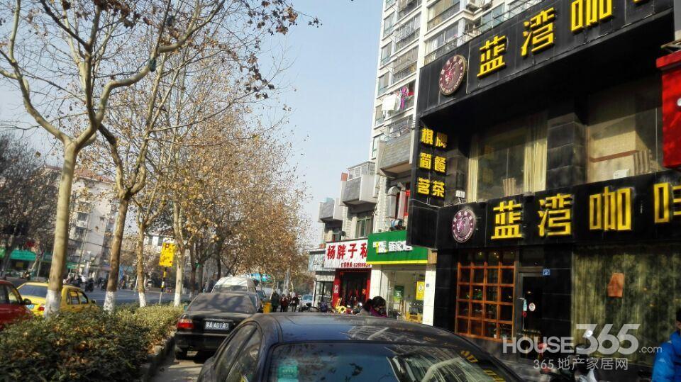 小楼街道风景图片