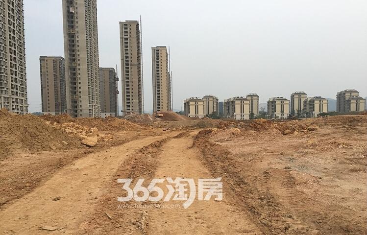 银亿东城11街区在建楼栋实景图(11.1)
