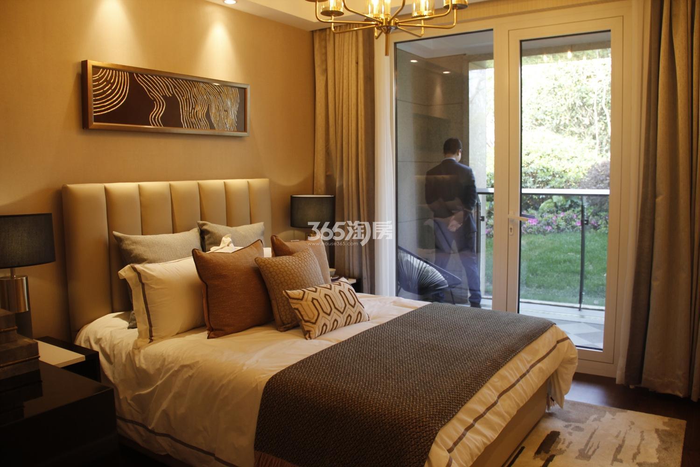 首开杭州金茂府125方样板房---卧室