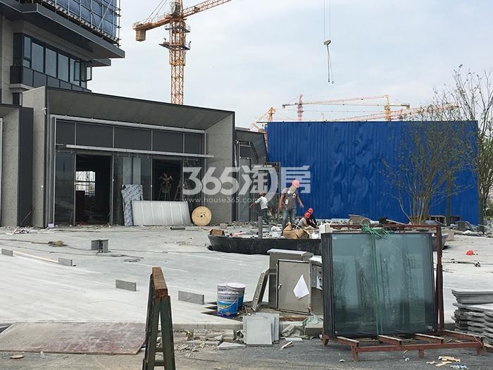 万科西雅图售楼处施工进程(2017.4)
