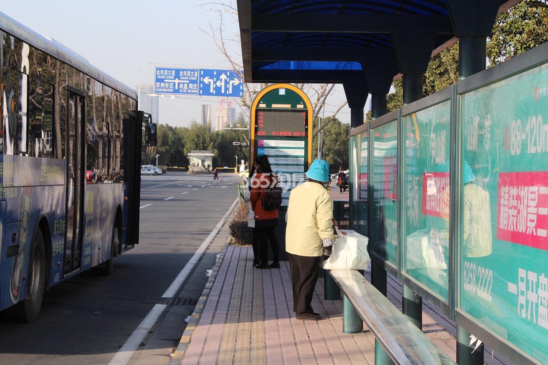 世茂铜雀台交通图