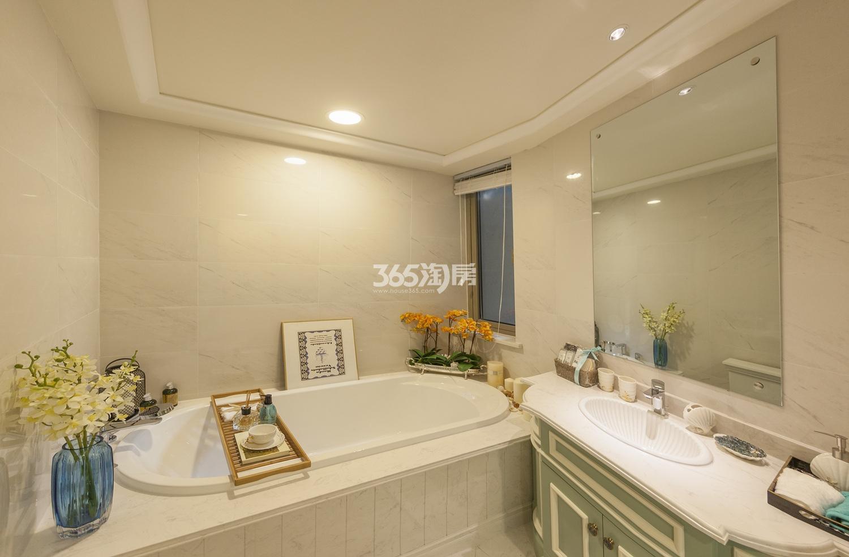 阳光郡140方(D户型)样板房---卫浴间